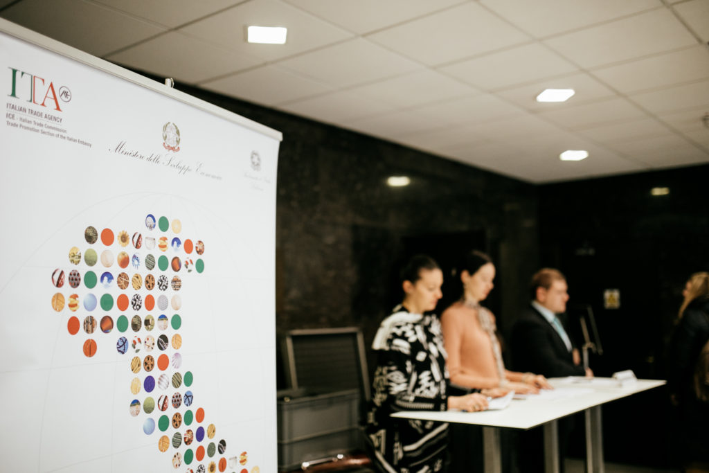 6th Italian Business Forum - Registration desk